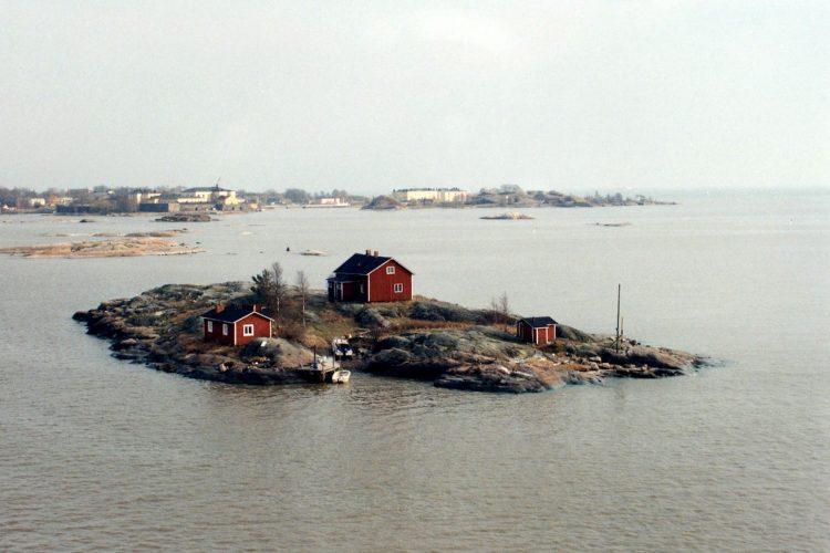 Helsinki Little Island 1253186.jpg